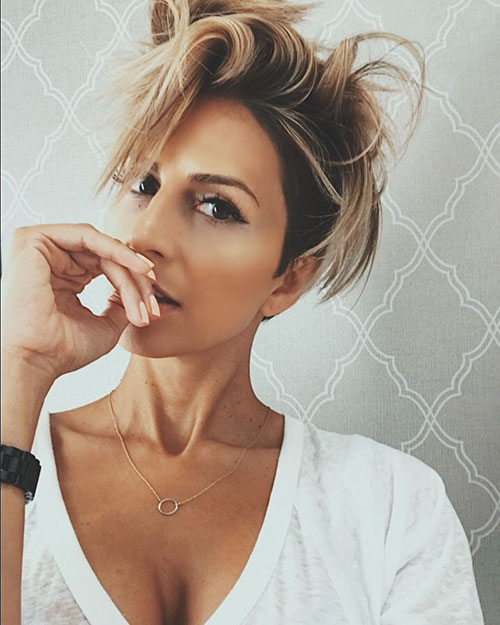 Hairstyles For Short And Thin Hair