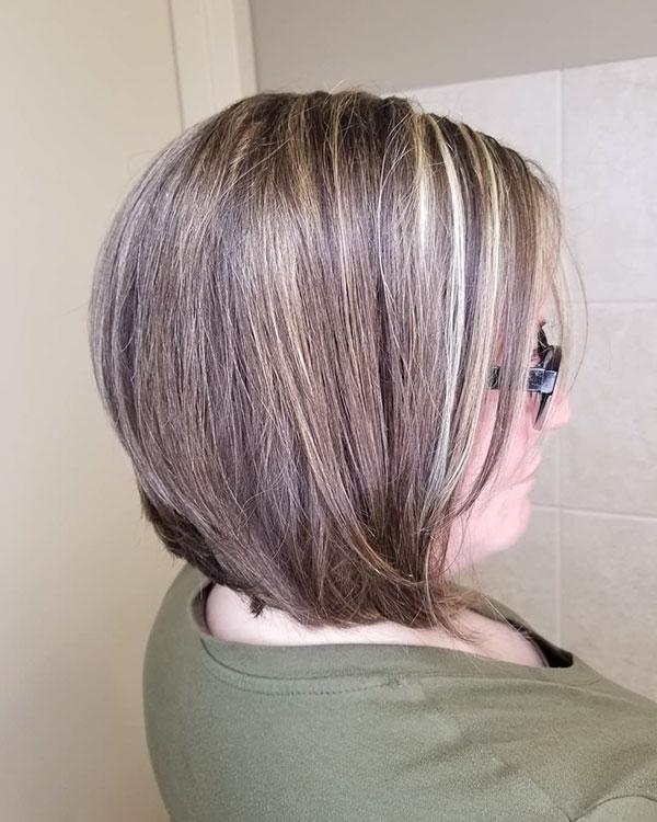 Best Short Haircuts For Mature Women